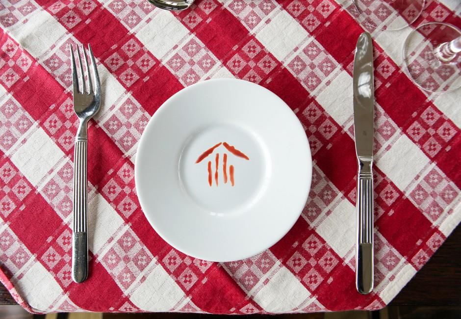 Teller mit Logo@Jaugstetter